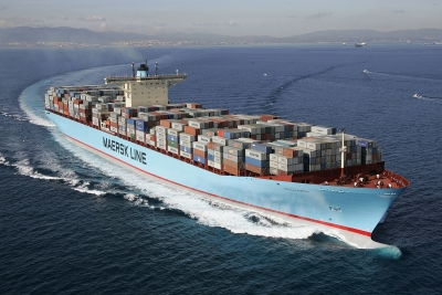Container shipping FCL / LCL